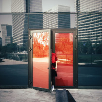 Red Door, fot.: Jian Wang